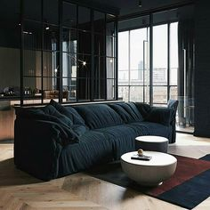Dark interior design ideas, featuring two modern home interiors with black accent living rooms, grey kitchens, dark bathroom design, and a stylish grey bedroom. Small Apartment Layout, Small Apartments, Loft Interiors, Dark Interiors, Living Room Designs, Living Spaces, Living Rooms, Appartement Design, Beautiful Sofas