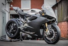 Ducati 1199 Panigale stealth mode