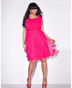 #Shop: Hot pink party dress, knee-length, with scoop neck and 3D flowers on skirt overlay