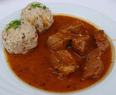 Gulash con canederli allo speck - Goulash and dumplings with bacon - Gulasch mit Speckknödel | Flickr - Photo Sharing!