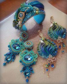 From the artist Serena diMercione -- think egg ornaments! Ribbon Jewelry, Jewelry Crafts, Beaded Jewelry, Handmade Jewelry, Jewellery, Motifs Perler, Kanzashi, Soutache Earrings, Bracelet Cuir