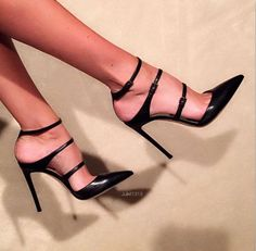 Juliet1313. Beautiful feet, sexiest high arches, gorgeous Gianvitto Rossi heels. Classy, elegant and sexy. Couldn't ask for more!