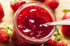 This Strawberry Rhubarb jam is sugar and pectin free. It is so easy to make and very delicious. This recipe makes 2 cups. The secret trick is that the chia seeds will thicken the fruit puree like a jam over night in the fridge! Strawberry Rhubarb Jam, Strawberry Jam Recipe, Strawberry Jelly, Bangla Recipe, Freezer Jam, Fruit Puree, Jam And Jelly, Vegetable Drinks, Jam Recipes