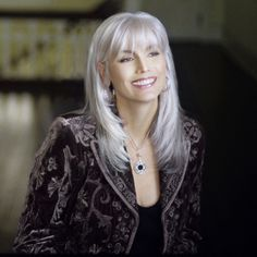 """Emmylou Harris knows how to rock the aging process! Shining Silver Locks."