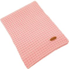 """Een superschattig roze dekentje, gehaakt in een prachtige dichte wafelsteek. Het dekentje is gemaakt van 80% acryl en 20% polyamide en voelt ongelooflijk zacht & soepel aan. Het babydekentje is voorzien van ons echtlederen """"RendezVous Originals"""" embleem.  Het is een multifunctioneel dekentje voor onderweg, voor in de kinderwagen, in de maxicosi, als sier over de leuning van de oude schommelstoel van je oma die nu staat te pronken in de babykamer: je kunt er werkelijk alle kanten mee uit!"""