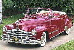 1948 Pontiac Deluxe Torpedo Eight Convertible. LOVE this color <3