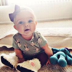Looking for tasteful and smart choices for girl names? Check out these elegant baby girl names and get a cultivated inspiration! Little Babies, Cute Babies, Little Girls, Baby Kids, Babies Stuff, Beautiful Children, Beautiful Babies, Precious Children, Simply Beautiful