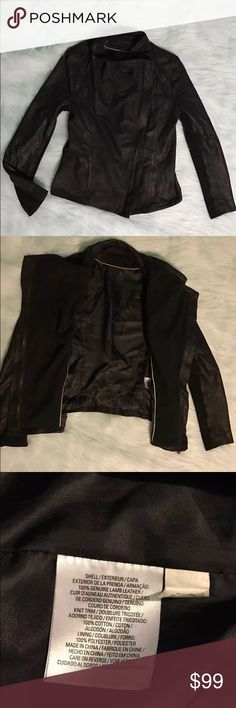 Elie Tahari sheep skin leather jacket. Sz S Beautiful and stylish lamb skin Elie Tahari gray/black leather jacket. Nice used condition, there are a couple white spots that could wash away, looks like something got on it. Size Small  Armpit to armpit-18' Arm-24.5 Shoulder to hem-21  If you have any questions please message me 😊 Elie Tahari Jackets & Coats Blazers