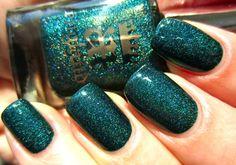 #nailpolish #green #sparkly