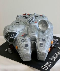 Millenium Falcon cake that I made for a client. Carved out of 10 round slab cak - Star Wars Cake - Ideas of Star Wars Cake - Millenium Falcon cake that I made for a client. Carved out of 10 round slab cake and a 6 square cake. Star Wars Birthday Cake, Star Wars Party, 40th Birthday, Birthday Cakes, Birthday Ideas, Star Wars Cake Toppers, Slab Cake, Anniversaire Star Wars, 40th Cake