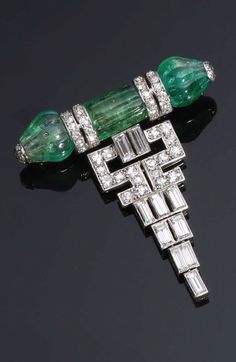 An Art Deco platinum, diamond and emerald brooch, Paris, circa 1920. Signed. #Boucheron #ArtDeco