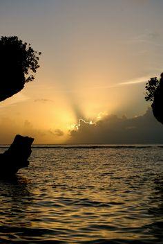 Guam sunset. I am quite familiar with this.