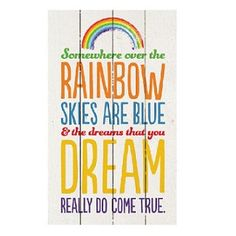 SOMEWHERE OVER THE RAINBOW WALL ART This gorgeous wooden rustic wall art will make a great feature to any nursery, bedroom or even for around the house.   #roomdecor