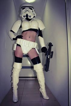 Ha! We love it. Super sexy and unique star wars cosplay