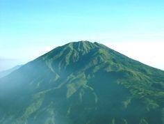 Catatan Harian Keong: Asal Mula Gunung Merbabu