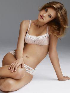 Natalia Vodianova (ಠ_ರೃ)