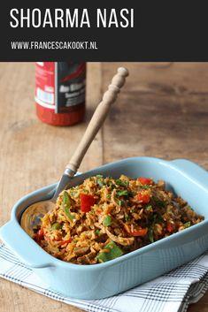 recept shoarma nasi. Een makkelijk en verantwoord recept door de zilvervliesrijst. Met gember, rode paprika, tomatenpuree, shoarmavlees. #nasi #shoarma