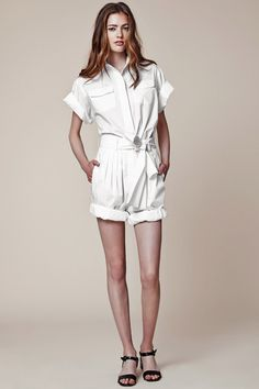 Jill Stuart | Resort 2015 Collection | Style.com  breezy, lightweight fabrics such as crisp cottons, washed chambrays, and soft linens ideal for a vacation getaway or balmy days