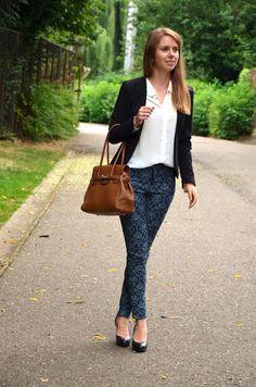 Dark Printed Jeans & Embellished Collar