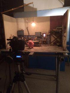 ¿Cómo se hace una producción de animación con plastilina en stop motion? Los participantes en el último Encuentro con valores de Triodos Bank, en OQO Editora (Pontevedra), pudieron verlo en vivo