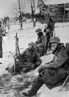 1941, Union Soviétique, Moscou, soldats allemands au repos pendant la bataille  