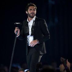 "Thomas Rhett performs ""Make Me Wanna"" on the 50th ACM Awards. #ACMawards50"