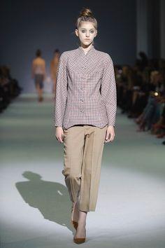 http://fashionweek.ua/ru/gallery/label-one-fw16-17-1038/item