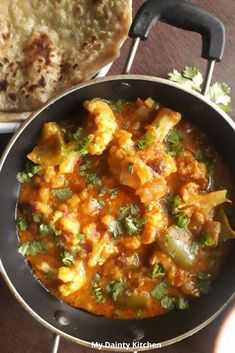 Cauliflower tikka masala or gobi tikka masala is a rich and creamy curry. Read how to make gobi tikka masala and with it's vegan version. Vegan Tikka Masala, Tikka Masala Sauce, Paneer Tikka, Gobi Recipes, Paneer Recipes, Chili Paneer Recipe, Authentic Indian Curry Recipe, Tandoori Roti, Tikka Recipe