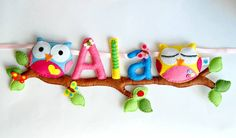 Diy door name plates 58 Felt Diy, Felt Crafts, Fabric Crafts, Sewing Crafts, Sewing Projects, Felt Name Banner, Felt Letters, Felt Owls, Felt Animals