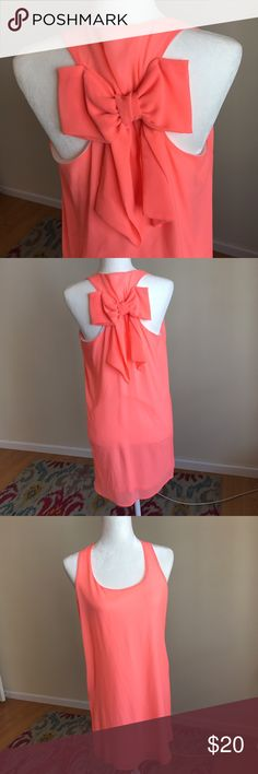 Hott Coral Dress w/bow detail Sage hott coral dress with bow detail size M. Worn once and like new! Perfect for summer.  33 Length, buat 18, 20 hip. sage Dresses