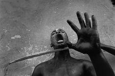 A set of photographs by Cristina Garcia Rodero (Magnum Photos) – Pavel Kosenko Magnum Photos, Dark Photography, Street Photography, Portrait Photography, Shape Photography, Haiti, Illuminati, Rose Croix, Dark Portrait