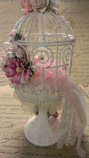 Kitty'sScrapPost: Shabby Chic Bird Cage on a pedestal Shabby Chic Crafts, Shabby Chic Cottage, Shabby Chic Homes, Shabby Chic Style, Shabby Chic Decor, Bird Cage Centerpiece, Centerpieces, Bird Cages, Bird Feeders