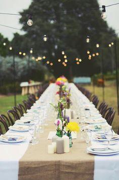 hello naomi wedding table with burlap runner
