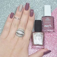 Perhaps you have discovered your nails lack of some popular nail art? Yes, recently, many girls personalize their nails with lovely … Perfect Nails, Gorgeous Nails, Love Nails, Pretty Nails, My Nails, Nail Art Designs, Nails Polish, Nagel Gel, Manicure And Pedicure