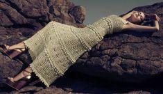 Os maravilhosos vestidos e bolsas em crochê e tricô de seda de Vanessa Montoro e Corello - Fashion Bubbles — Fashion Bubbles