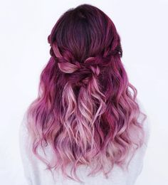Amazing Purple Ombre Hair Ideas a few years ago, if you thought purple hair … - Hair Women Beauty Magenta Hair Colors, Color Red, Pink Purple Hair, Ombre Colour, Ombre Purple Hair, Violet Ombre, Ombre Green, Purple Braids, Purple Grey