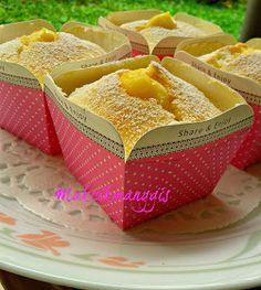 jom masak, jom makan makan..: Hokkaido Chiffon Cupcakes Dengan Kastad Durian.(II)