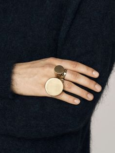 """vintage signet-ring thing...conjoined...<3 it!..specially the """"guy"""" ones........"""