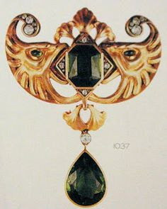 Marie Poutine's Jewels & Royals: Brooches Galore