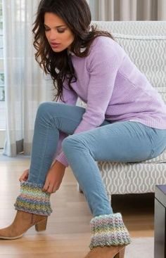 Best Free Crochet » Free Crochet Pattern Warm Ribbed Boot Cuffs From RedHeart.com #165