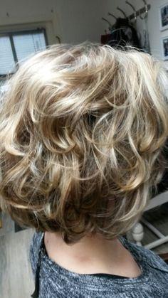 Highlights lichtblond en lowlights cappucino. Highlights, Hair Cuts, Hair Color, Hair, Haircuts, Haircolor, Hair Cut, Colored Hair, Hairstyles