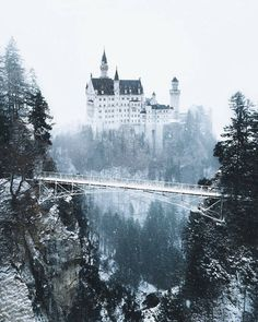 A fairytale winter wonderland Neuschwanstein Castle, Germany. Photos by – All Pictures Beautiful Castles, Beautiful Places, Wonderful Places, Places To Travel, Places To See, Travel Destinations, Germany Castles, Neuschwanstein Castle, Voyage Europe