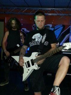 Death metal pose.... Hahhahahaha