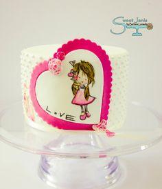 Hermoso pastel con corazón.