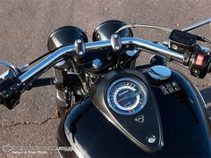 Beautiful display. Triumph Thunderbird Storm