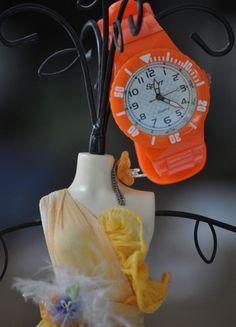 A vendre sur #vintedfrance ! http://www.vinted.fr/accessoires/montres/22018518-mettez-vous-a-lheure-dete-fluorisee-avec-cette-montre-orange-punch-style-ice-watch