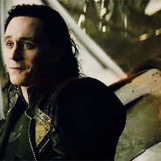 How Tom got this crying smile down so perfect is confirmation of his great acting skills Hiddleston Daily, Tom Hiddleston Loki, Tears In Eyes, Loki God Of Mischief, Lady Loki, Kevin Costner, Acting Skills, When You Smile, Puppy Eyes