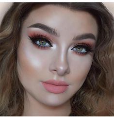 """2,831 Likes, 19 Comments - Flawless Dolls (@flawlesssdolls) on Instagram: """"Peachy by @jessicarose_makeup _ _ _ Makeup details: Eyes - @toofaced Sweet Peach palette.…"""""""