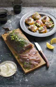 tuna gravadlax with juniper & dill on butternut rosti Tuna Recipes, Seafood Recipes, Ice Cream Cookie Sandwich, Yummy Food, Tasty, Ginger Cookies, Food Is Fuel, Food Festival, Fish And Seafood
