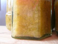 The Good Life: Feijoa Jam - Easy Peasy!